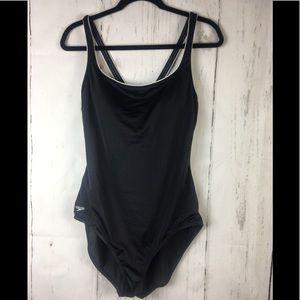 Speedo swimsuit back cross size 18